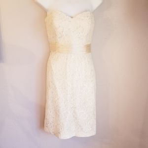 Theia ivory colored strapless sweetheart cut dress